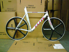 56cm Elite Razor Triathlon TT Frameset and 700c Aerospoke wheels