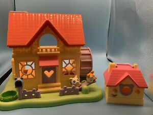Hamtaro Houses Small and Large. 2 Figures no furniture.
