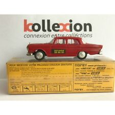 RARE NOREV 205/D  TAXI Radio MERCEDES BENZ 220 SE Rouge 1.43 NB