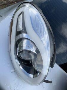 2014-2019 FIAT 500L RIGHT PASSENGER HEADLIGHT OEM