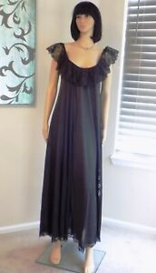 CLAIRE SANDRA BY LUCIE ANN BH VTG BLACK with BLK LACE  Nightgown size S small