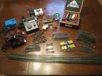 Life Like Vintage Train Track And Train Models Lot