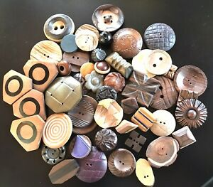 VINTAGE WOOD WOODEN BUTTONS MANY DESIGNS AND OME MATERIALS