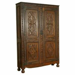 VERY STUNNING HEAVILY CARVED OAK ESTATE HOUSEKEEPERS HALL CABINET