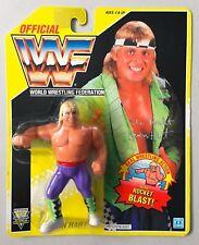 WWF HASBRO YELLOW CARD OWEN HART MOC MINT ON THE CARD WWE Wrestling Figure