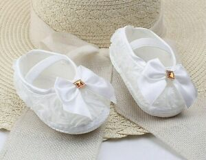 GIRLS-WHITE LACE-DIAMANTES-BOW PRAM CRIB SHOES-CRISTENING-SPECIAL OCCASION SHOES