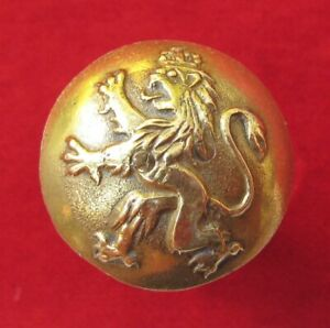 Russia – Unknown Imperial Russia / Russian Made open backed Crowned Lion Button