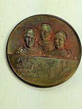 Apollo 11 Men on the Moon Commerative Coin