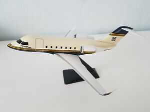 Canadair - Bombardier Challenger 601 - Model Scale 1/10 - Damaged Tail