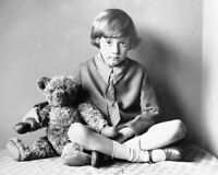 THE REAL CHRISTOPHER ROBIN AND WINNIE THE POOH 8X10 PHOTO PRINT 28012002540