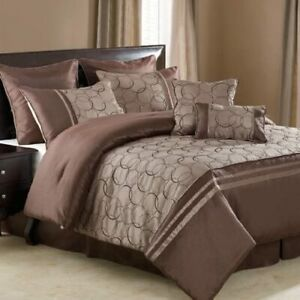 Victoria Classics Daylan 8-Piece Comforter Set Size: King - Color: Chocolate New