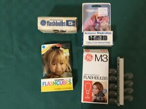 Vintage Mix Lot  Cubes and  Flashbulbs; Sylvania, Westinghouse, M3 & GE