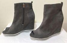 ASOS Size AU 8 / EUR 39 / UK 6 / US 8 Women's Suede Peep Toe Wedge Flat Mules