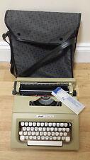 Vintage Olivetti Lettera 25 Typewriter in Case, Used