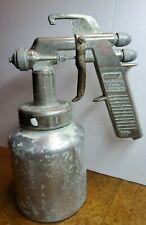 W.R. Brown Speedy Spray Paint Gun Model 131A (BIN#93)