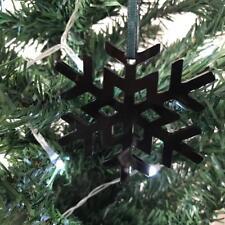 Cristal Noir Flocon de neige Noël Arbre Décorations & VERT RUBAN x 10