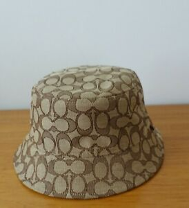 COACH  BUCKET HAT IN KHAKI. NWT