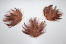 3 Anciens décors en plumes  pour chapeaux, fond de modiste H 14 cm