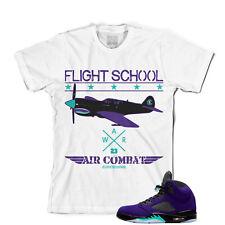 Tee para que coincida con Air Jordan Retro 5 Zapatillas de uva Alternativo. la escuela de vuelo Tee