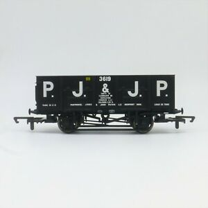 Hornby OO Gauge PJ & JP 21T Mineral Wagon (R6818) - Great Condition