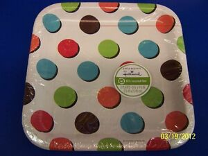"""Dots on White Polka Dot Banquet Birthday Party 9"""" Square Paper Dinner Plates"""
