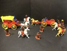 Vintage MPC hard Plastic Ring Hand Western pioneer Wagons & Cowboy Toy figures
