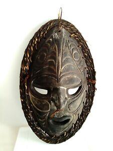 Tribal  Papua New Guinea Wooden Mask Board