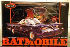 1966 Batmobile 2 Figuren Batman & Robin 1 25 Model polar Lights Bausatz POL824