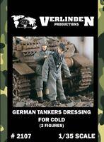 Verlinden 1:35 German Tankers Dressing for Cold - 2 Resin Figures Kit #2107