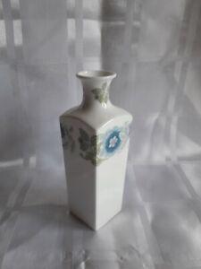 Wedgwood Clementine square shaped bud vase