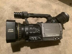 Panasonic AG-DVX100A Camcorder with Portabrace carrying bag.  Only 248 Hours
