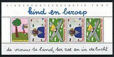 NEDERLAND 1987 / KIND EN BEROEP / BLOKJE / NVPH 1390 / POSTFRIS MNH ***