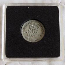 1945 KING GEORGE VI SILVER SIXPENCE IN PRESENTATION CAPSULE
