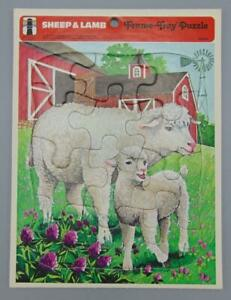 1977 The Rainbow Works 12 Piece Sheep & Lamb Frame-Tray Puzzle 75904-2