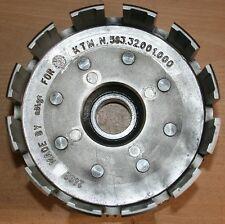 COURONNE D'EMBRAYAGE KTM 640 LC4 REF 58332001000