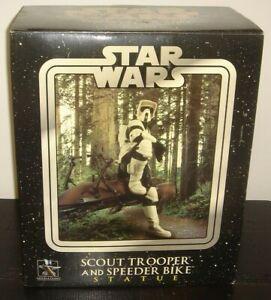 Star Wars Scout Trooper and Speeder Bike Statue Gentle Giant 2005 Scuffs Scratch
