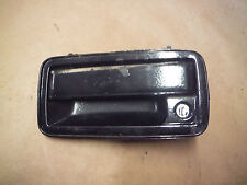 1998-05 CHEVY BLAZER LH FRONT DRIVER SIDE  DOOR HANDLE GM OEM