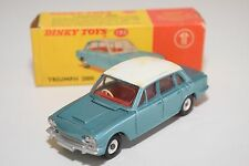 \ DINKY TOYS 135 TRIUMPH 2000 METALLIC BLUE-GREEN NEAR MINT BOXED
