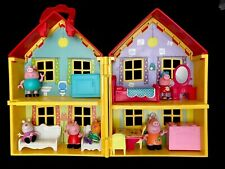 Peppa Pig Play House Family Yellow Red Deluxe Carry Along Set  Furniture Figures