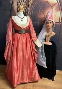 Renaissance gown - Burgundian style neckline