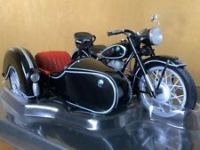 Unique Replicas BMW 1953 R25/3 Motorcycle with Sidecar 1/10 Scale