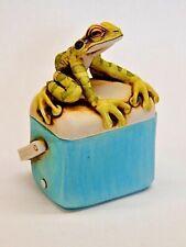 Harmony Kingdom Art Neil Eyre Designs tree frog ice cooler box flies fly beach