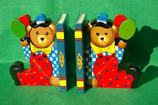 CHARACTER CARVING OF BEARS  SITTING ON  BOOKENDS  IN STAINED AND PAINTED WOOD