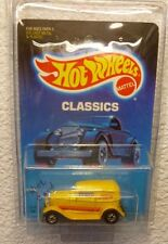 "1989 HOT WHEELS ""CLASSICS"" '32 FORD DELIVERY - In Protector!"