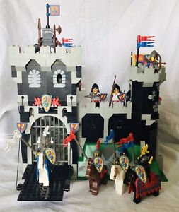 Lego Black Knights Castle 6086 100% Complete Vintage Minifigs Ghost Baseplate