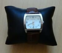 Vintage Roxy Quartz Ladies Watch with a Brown Band