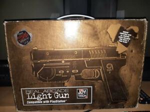 Lightgun The Real Arcade, Playstation 1, Sega Saturn OVP Joytech