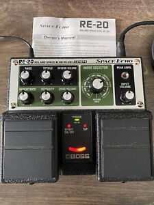 Boss RE20 Space Echo Effects Unit In Mint Condition
