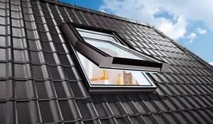 SKYLIGHT PREMIUM Dachfenster aus Kunststoff inkl. Eindeckrahmen und Rolloaktion!