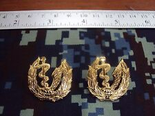 Royal Thai Air Force Institute Of Aviation Medicine COLLAR PINS BADGE สังกัด ทอ.